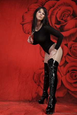 Lady in black thigh-high boots and thong - XXX Dessert - Picture 7