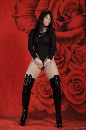 Lady in black thigh-high boots and thong - XXX Dessert - Picture 10