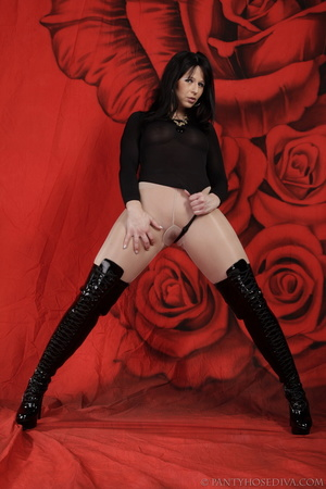 Lady in black thigh-high boots and thong - XXX Dessert - Picture 13