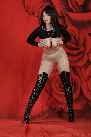 Lady in black thigh-high boots and thong - XXX Dessert - Picture 15