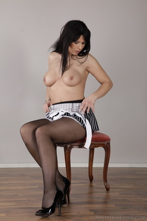 Long-haired brunette on a stool inserts  - XXX Dessert - Picture 8
