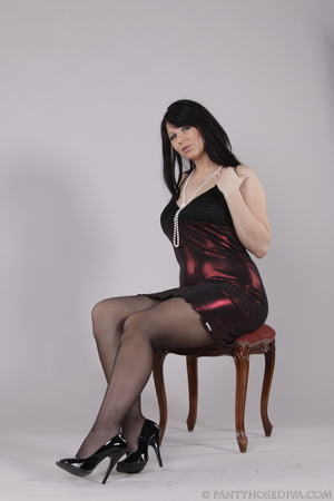 Classy gal with dark hair in black hosie - XXX Dessert - Picture 4