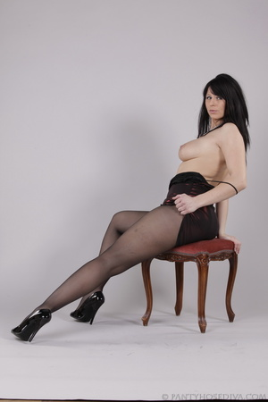Classy gal with dark hair in black hosie - XXX Dessert - Picture 12