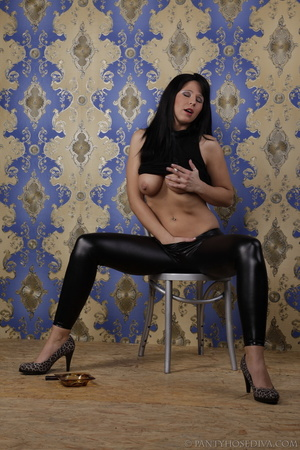 Hot brunette in shiny black leggings is  - XXX Dessert - Picture 14