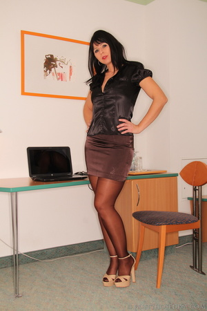 Sexy office worker sheds her sensible to - XXX Dessert - Picture 1