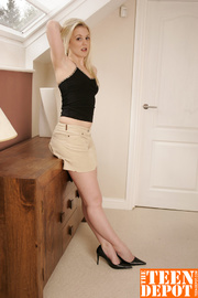 cute blonde bombshell shows