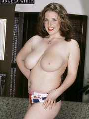 Gorgeous fattie peels off her british flag dress and - Picture 9