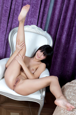 Cute hot chick shows her lovely pair of  - XXX Dessert - Picture 10