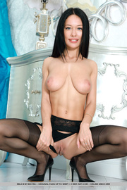 babe black stockings shares