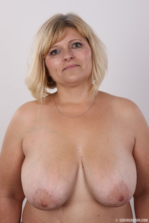 Blonde MILF takes off her brown shirt bl - XXX Dessert - Picture 11