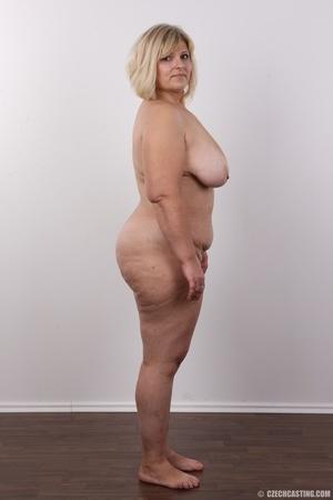 Blonde MILF takes off her brown shirt bl - XXX Dessert - Picture 15