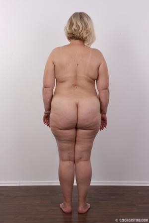 Blonde MILF takes off her brown shirt bl - XXX Dessert - Picture 16