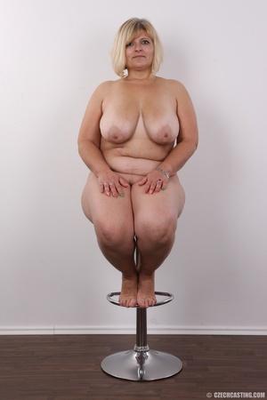 Blonde MILF takes off her brown shirt bl - XXX Dessert - Picture 18