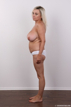 Blonde MILF slowly peels off her green s - XXX Dessert - Picture 10