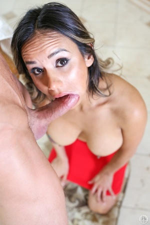 Yummy chick in a red skirt swallows a ma - XXX Dessert - Picture 15