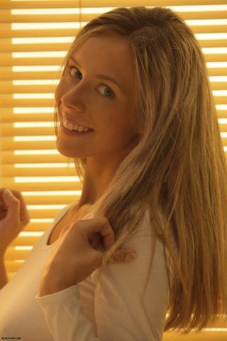nasty blonde teen hottie