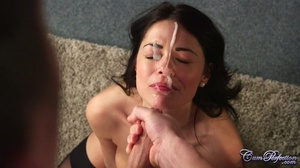 Gorgeous babe gets on her knees and take - XXX Dessert - Picture 6