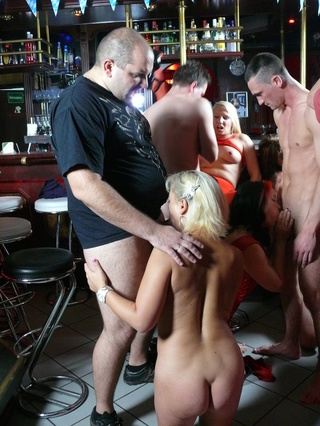 mature and old swingers
