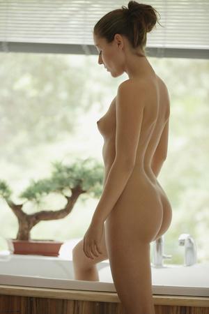 Curvy brunette freshie enjoys dirty fuck - XXX Dessert - Picture 2