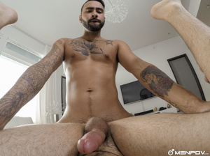 Bearded hunk stuffs a twinks ass with hi - XXX Dessert - Picture 8