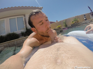 Hunks in bikini swimwear do some forepla - XXX Dessert - Picture 14