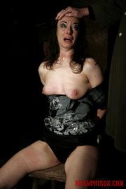 dame black panties gets