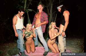 Two sexy blonde soldiers gets on their k - XXX Dessert - Picture 2