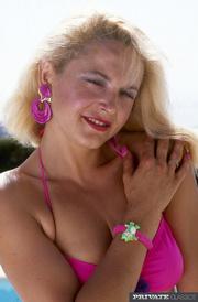stunning blonde pink bikini