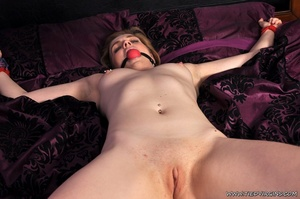 Gagged naked lady has all her limbs boun - XXX Dessert - Picture 9