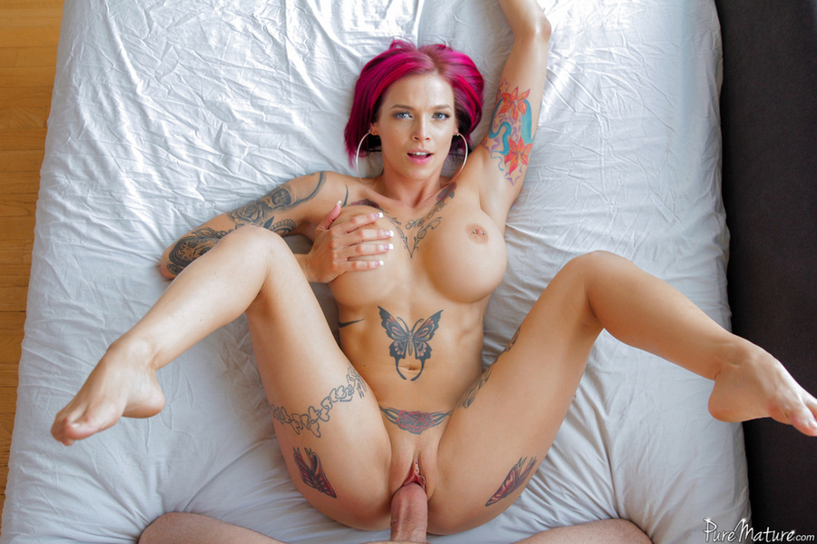 Pink haired bbw blowjob