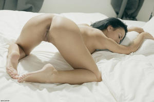 Brunette freshie stripping to show you h - XXX Dessert - Picture 12