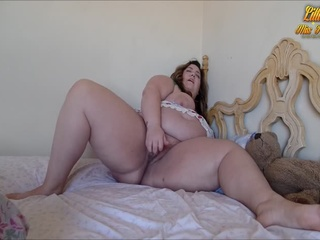Cute fat babe shows in different naked photos off her - Picture 4