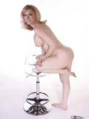 seductive light blond mama