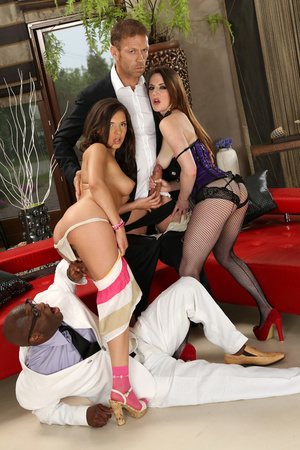 Hotgold Perfect Dark Haired Latina Saucy Teen