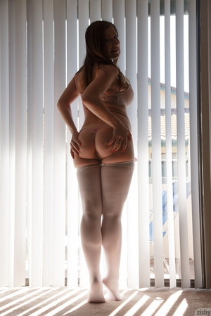 Amazing pics with busty pregnant babe po - XXX Dessert - Picture 6