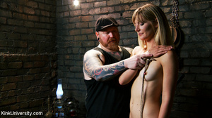 Naked blonde gets her body bound with ro - XXX Dessert - Picture 3