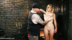 Naked blonde gets her body bound with ro - XXX Dessert - Picture 5