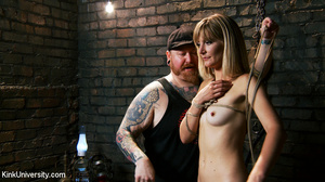 Naked blonde gets her body bound with ro - XXX Dessert - Picture 6