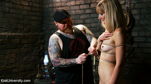 Naked blonde gets her body bound with ro - XXX Dessert - Picture 7