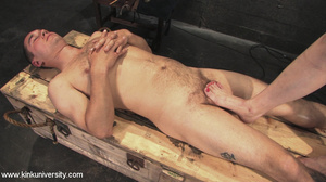 Rubber clad dom works on a naked guys ju - XXX Dessert - Picture 13