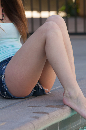 Long-haired brunette doll in a blue top  - XXX Dessert - Picture 3