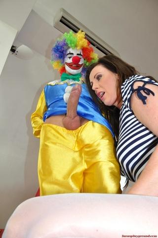 Naked clown xxx — 5