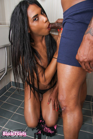 Black tranny gets her chocolate ass poun - XXX Dessert - Picture 7