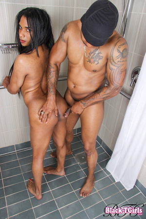 Black tranny gets her chocolate ass poun - XXX Dessert - Picture 9