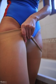 nice pantyhose combination with