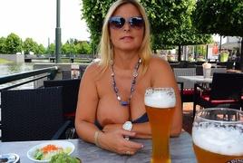 amateur, blonde, public, tits