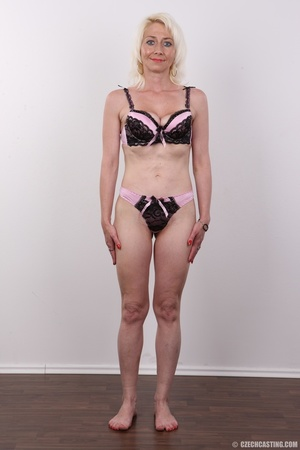 Cute damsel in lacy black and pink undie - XXX Dessert - Picture 7