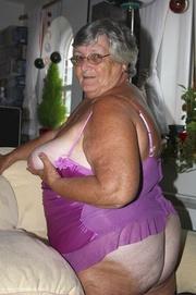 Was Naked old black grandma