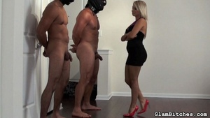 Chick uses her bodyguards for dirty sexu - XXX Dessert - Picture 12