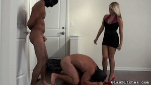 Chick uses her bodyguards for dirty sexu - XXX Dessert - Picture 14